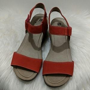 White Mountain Haines Red Cork Wedge Sandals